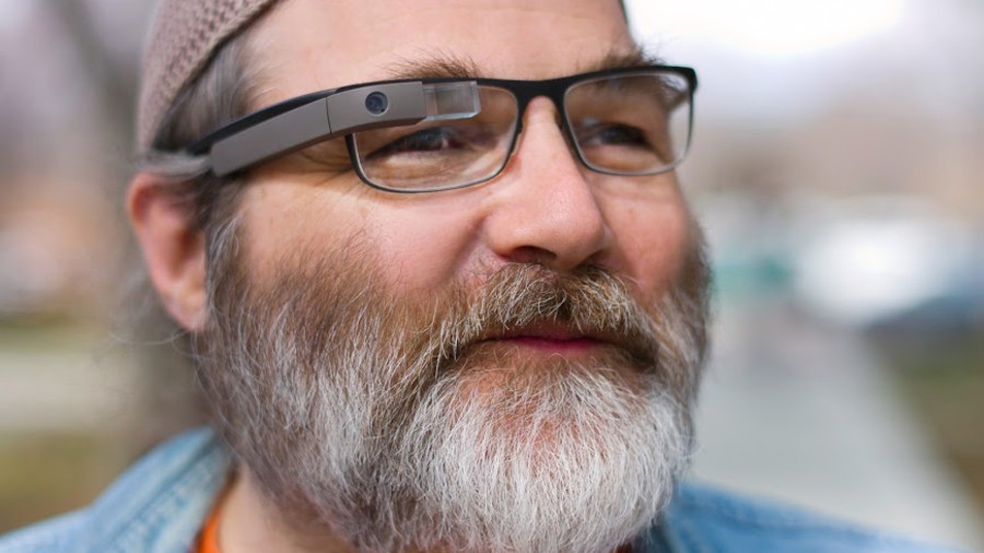 Google SERP for keyword 'glasses'