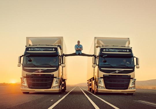 Jean Claude truck splits